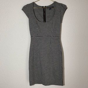 French Connection | Houndstooth Dress